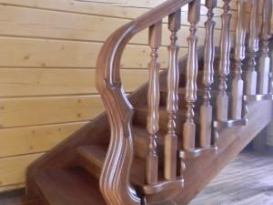 Деревянная лестница на второй этаж по супер цене