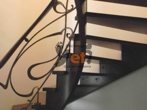 Художественная ковка лестницы в Сосновом бору