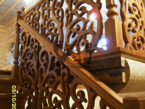лестницы_деревянные_Питер_резная_SAM_0191(FILEminimizer)