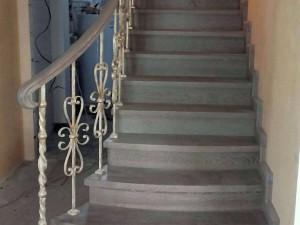 Фото художественной ковки лестницы