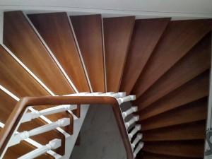 Лестница с дизайном по проекту Ново Тосково