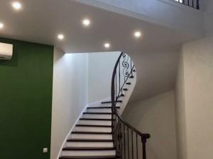 Комбинированная лестница grande forge из бетона